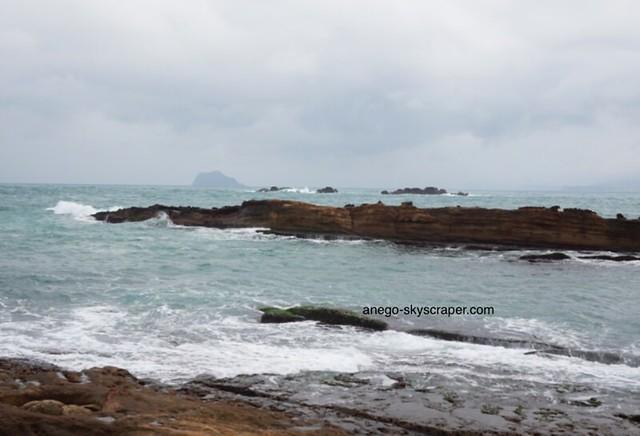 野柳 荒れる海