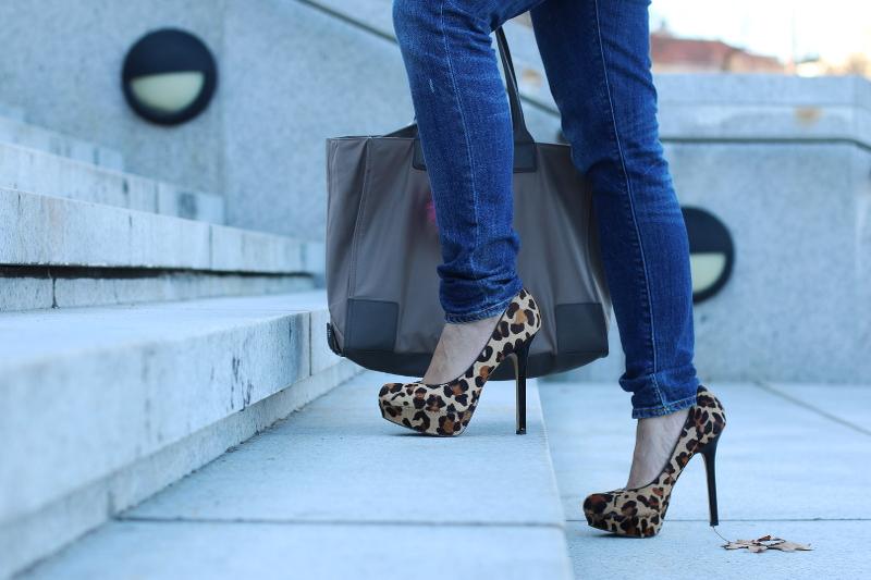 steve-madden-leopard-pumps-6