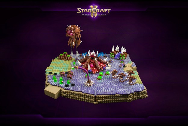 Terran Dominion & Zerg bases from StarCraft II in microscale LEGO | The Brothers Brick | The ...