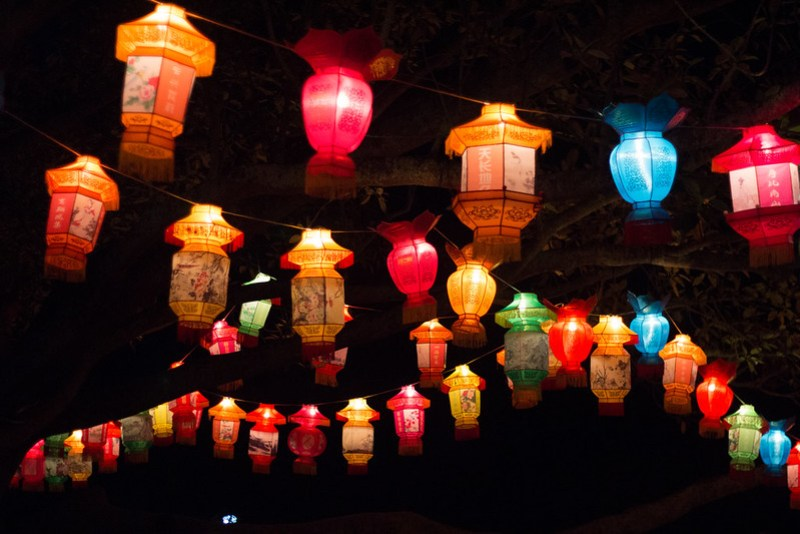 The Auckland Lantern Festival is a wonderful event celebrating Chinese New Year. Glowing lantern scenes are beautiful and the street food is to die for!