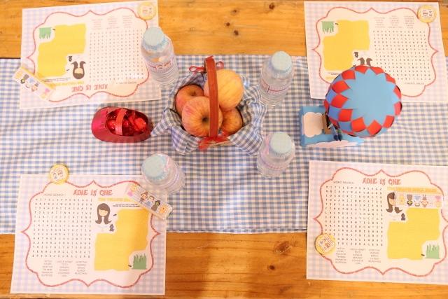 kiddie table (2)