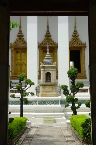 Beautiful Wat Sunhat