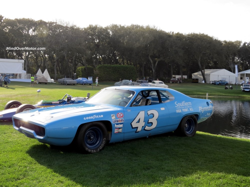 medium resolution of 1971 plymouth road runner nascar front angle 2