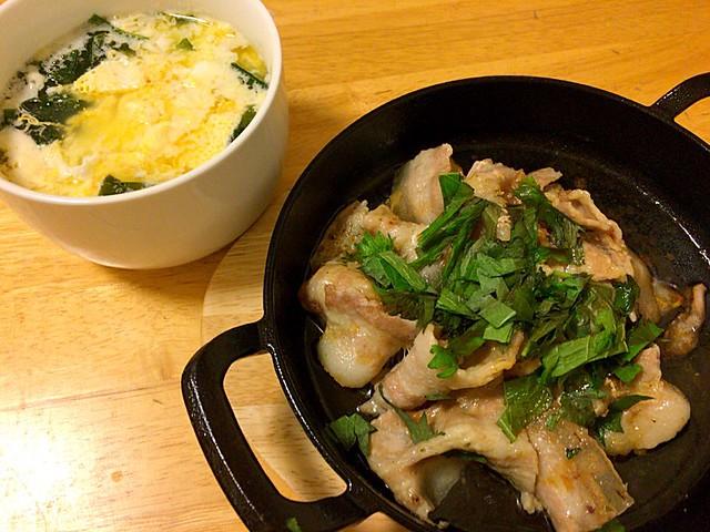 豚バラとわかめ卵スープ