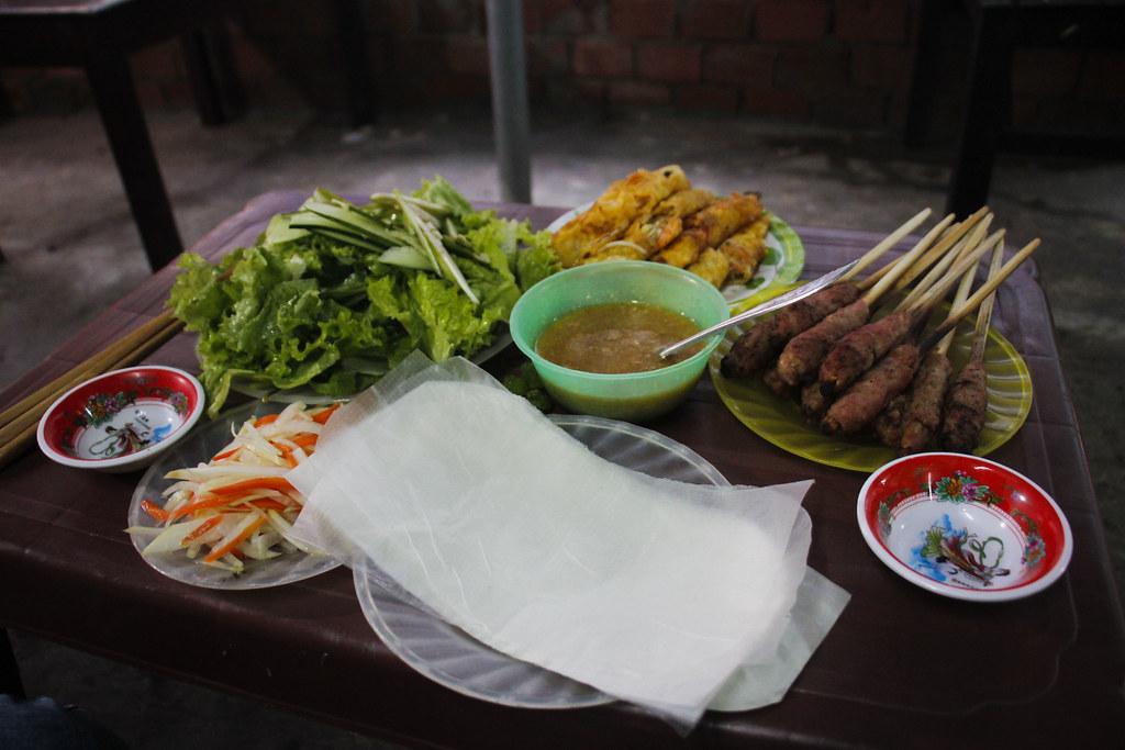 Bánh XèoogNem Lụi i Danang, Vietnam