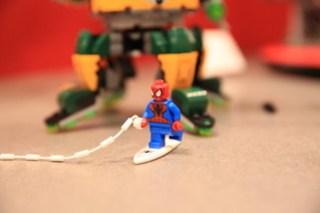 LEGO Marvel 76058 Doc Ock's Tentacle Trap 7