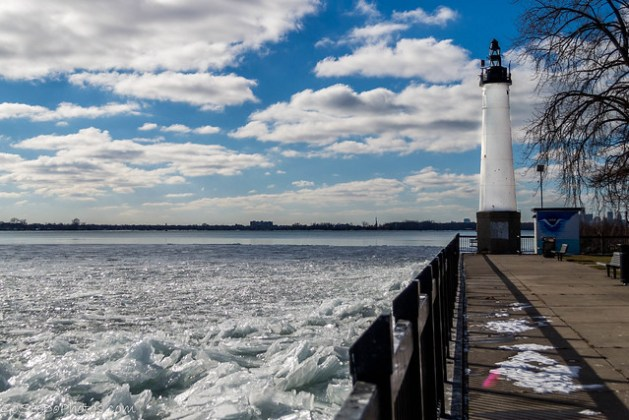 Lighthouse & Ice