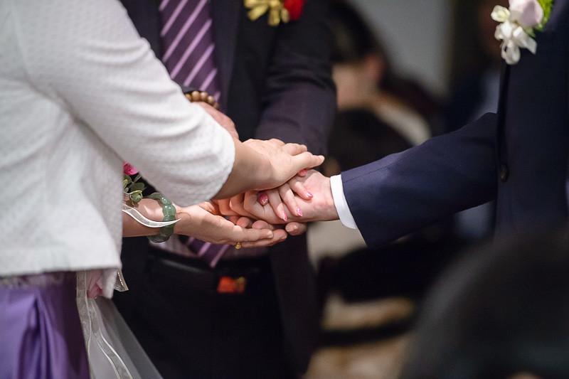 世貿三三,世貿聯誼社,結婚婚宴,Wedding,新秘昀臻,婚攝優哥,優哥團隊攝影師,小宏,Kenny,相信印象,CHAD,LENs