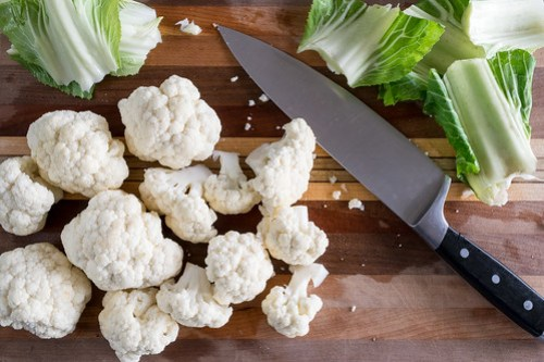 trimming the cauliflower