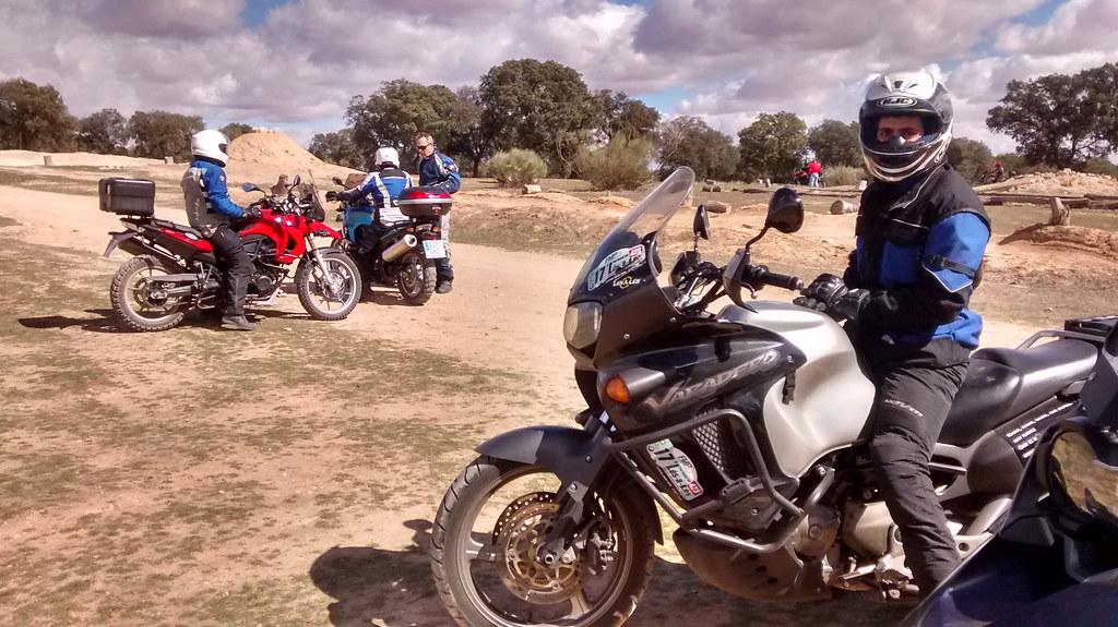 Ambien en el curso de conducción de la Escuela Maxi Trail Montealegre, Toledo