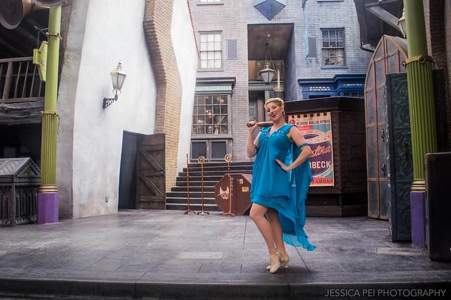 Singing Sorceress: Celestina Warbeck and the Banshees