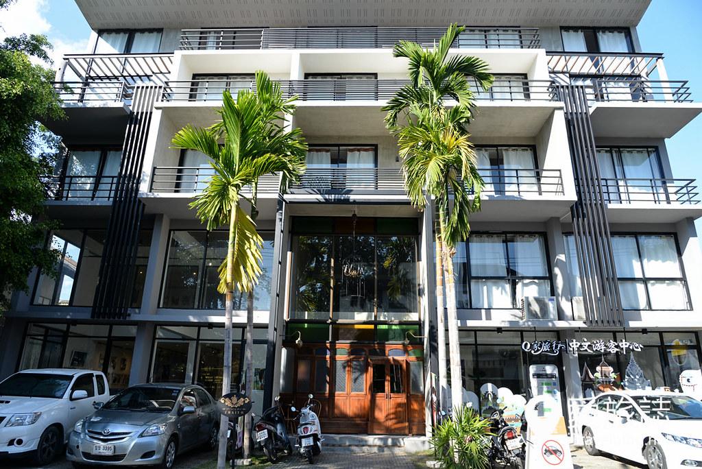《清迈饭店推荐》清迈彩耀酒店:尼曼海明路上平价设计酒店