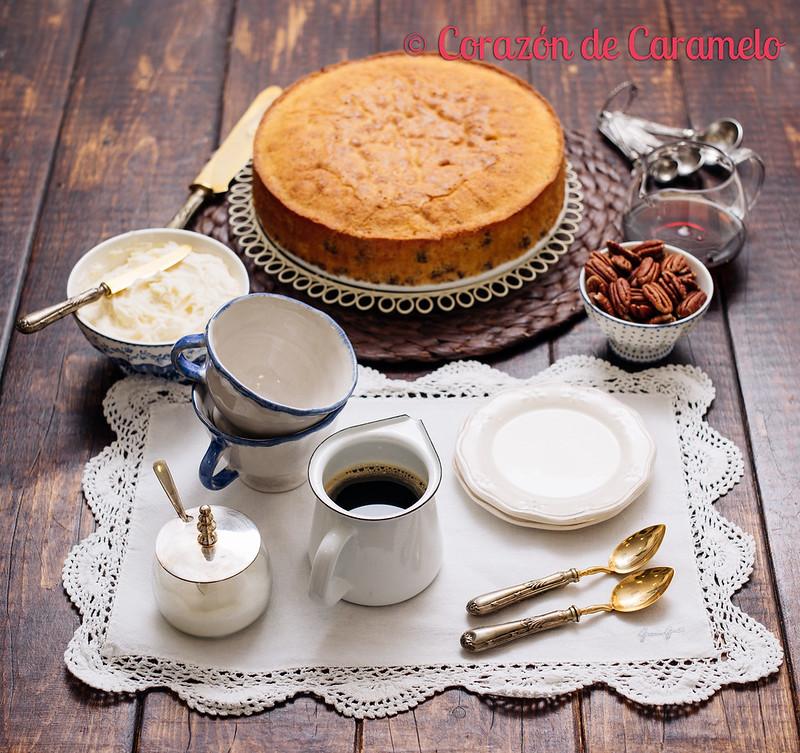 Pastel de Sirope de Arce y Nueces Pecanas