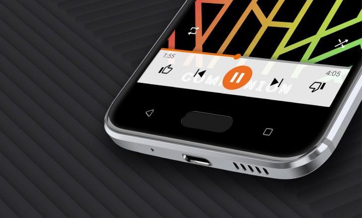 HTC-10-b