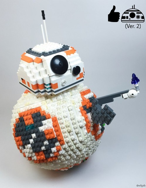 Thumbs up to this updated LEGO BB-8!