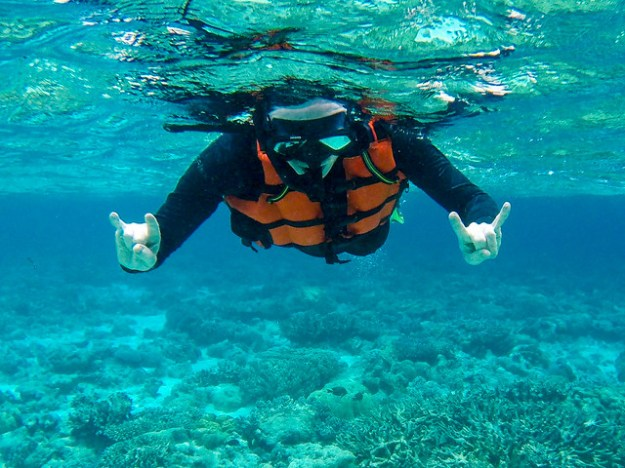Paul on his first snorkel in deep water at Hatta.
