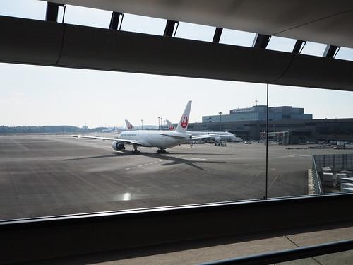 成田空港第2サテライト連絡路