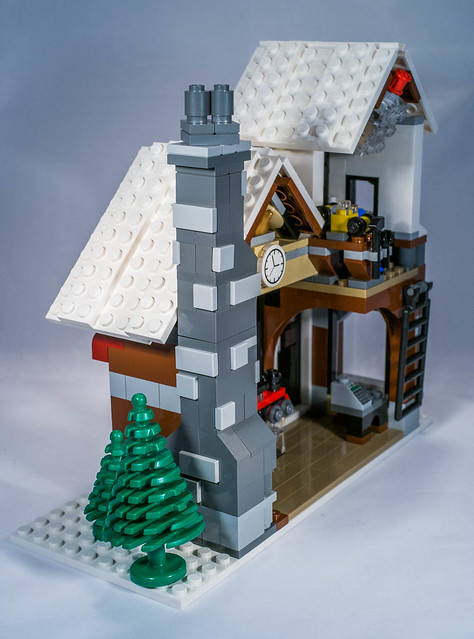 REVIEW LEGO 10249 Winter Toy Shop