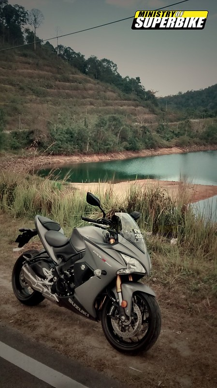 First Ride : Suzuki S1000F