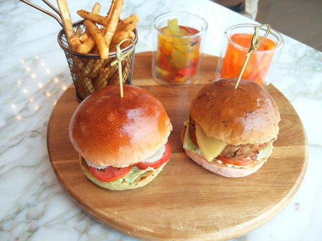Burgers (1)