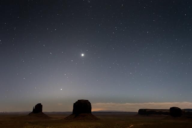 Estrellas sobre Monument Valley