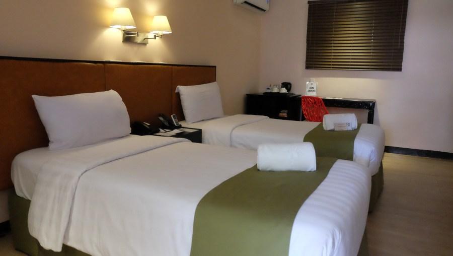 ISLAND COVE HOTEL & RESORTS035