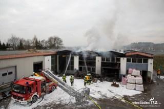Lagerhallenbrand Oe-Wi Mittelheim 17.02.16