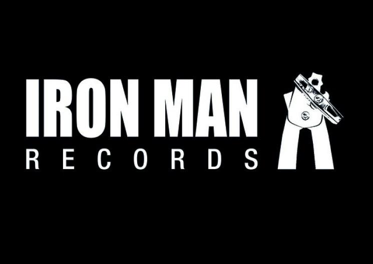 Iron Man Logo A6 Postcard No Marks