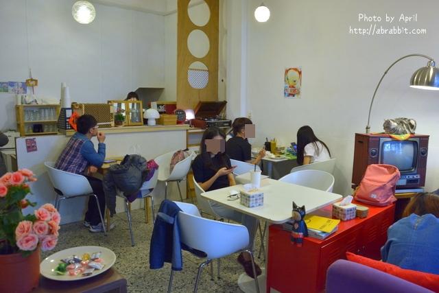 24927471722 687f263fc4 o - [台中]Tano Cafe--老屋系列 part10之巷弄咖啡廳,有店貓唷!@北區 一中街