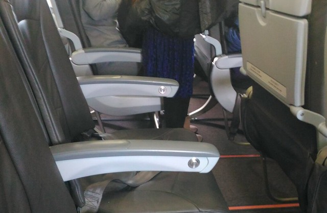 香港エクスプレス 座席シート
