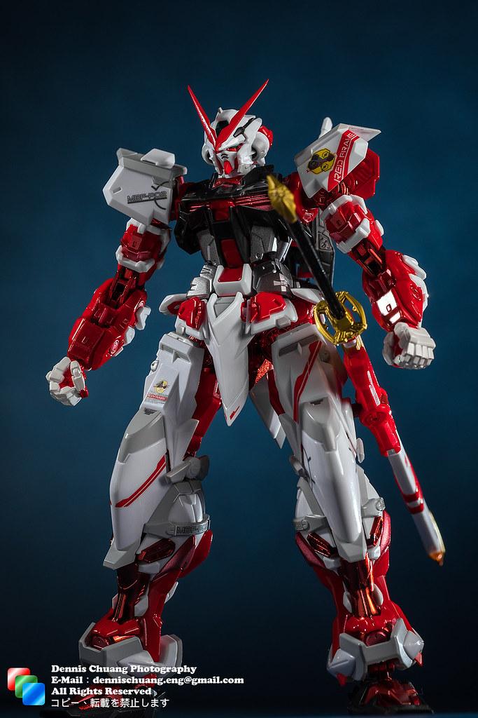 Memories-Vision: Metal Build系列 - 紅異端 (Red Frame)