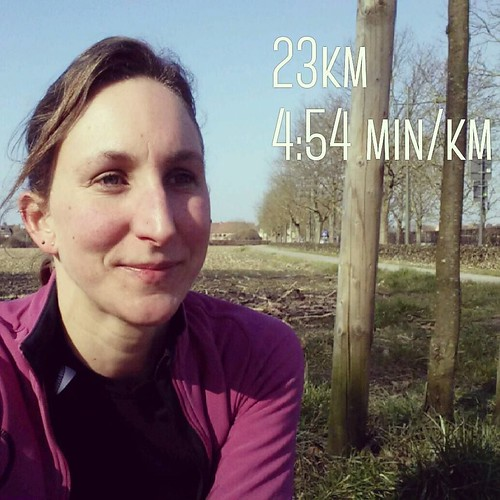 Just finished my most important marathon training (mentally). Run 23km at marathon pace and question myself afterwards if I could keep up that pace for another 20km. I'm not sure about that but I'm quite confident I'm ready for a new personal record. Vien