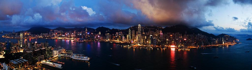 sky100 Hong Kong Observation Deck, Victoria Harbour, Chloe Tiffany Lee (1)
