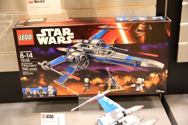LEGO Star Wars 75149 Resistance X-wing Fighter 1