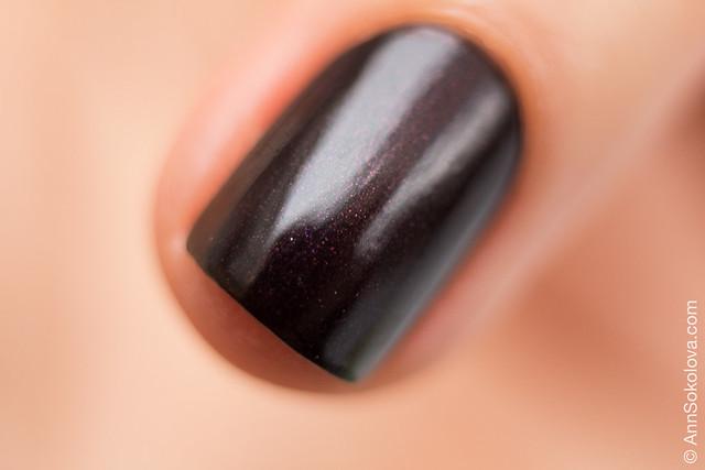 05 Guerlain La Petit Robe Noire Nail Color #007 Black Perfecto swatches Ann Sokolova