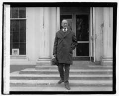 Eugene Debs leaving the White House: 1921