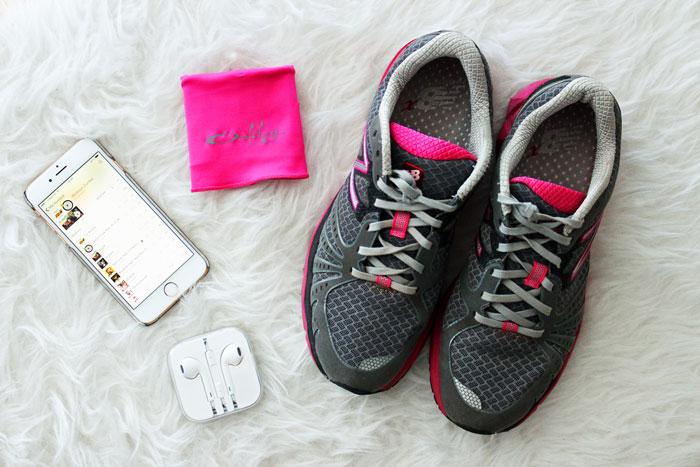 fitness-workout-flat-lay-new-balance-oakley