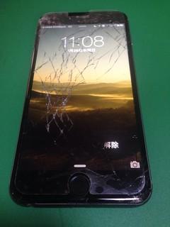 36_iPhone6Plusのフロントパネルガラス割れ