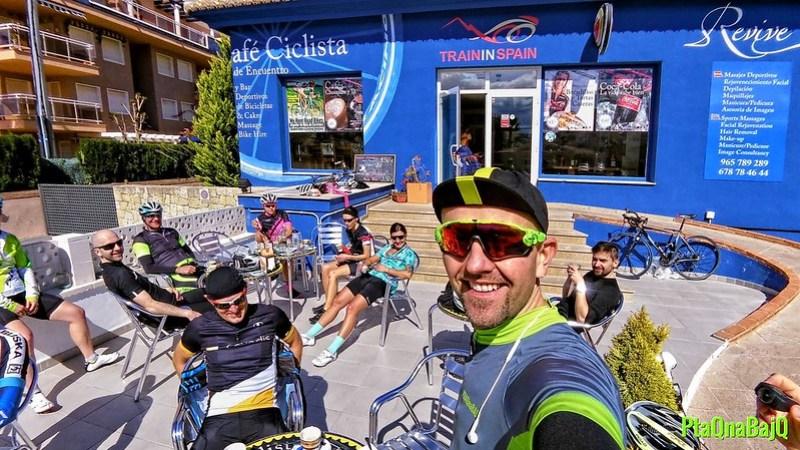 Cafe Ciclista - kawiarenka kolarska w Denii