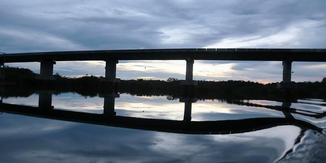 rio tupana amazon. bridge
