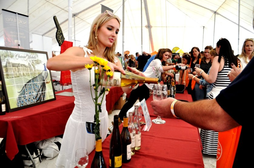 Swirl, Sniff and Sip during Clearwater Beach Uncorked, Food, Wine & Beer Festival Dec. 2 & 3, 2017. #CLBU17