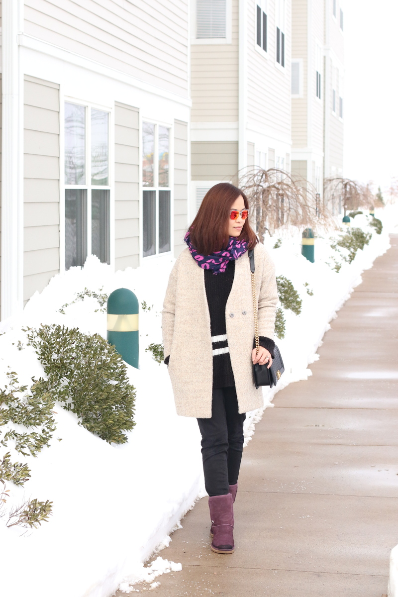 Purple-lips-scarf-ugg-boots-outfit-3