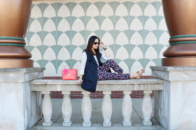 Vionic Spring Look, floral pants, Tiffany bag