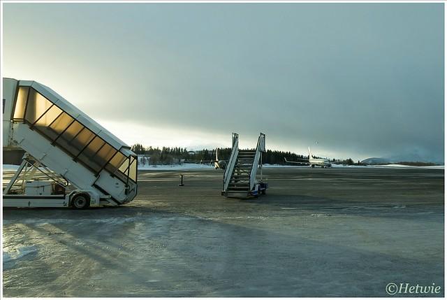 wachten op het vliegtuig (HP003778)