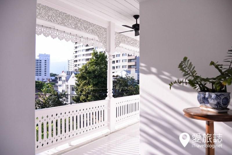 《清迈饭店推荐》平中良精品酒店:结合兰纳传统纯白风格建筑