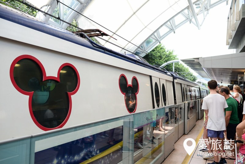 《香港迪斯尼》迪斯尼攻略带你玩遍设施,票券、交通、园区信息全收录