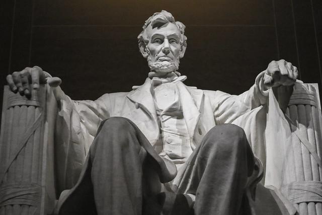 Abraham Lincoln - Lincoln Memorial 1
