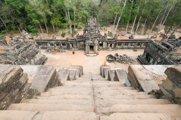 Don't look down. Ta Keo, Angkor