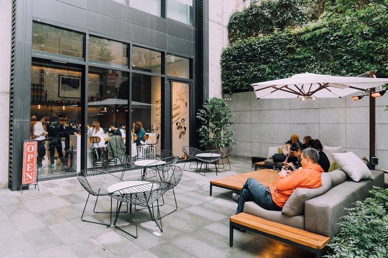 【堅尼地城】Artisan Room/城市角落裡的咖啡店(近香港大學) | 跟著小鼠去旅行