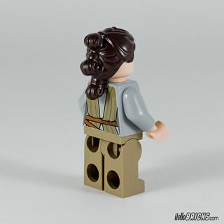 REVIEW LEGO Star Wars 75099 Rey's Speeder 08 - HelloBricks